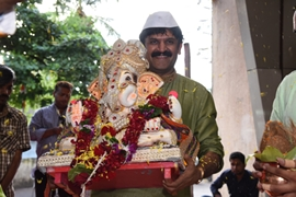 Coconut Cha Raja  The Biggest Corporate Ganpati Celebration Will Embark On Final Journey Amid Colours-Dhol-Drums And Ganpati Bappa Moreya Chants