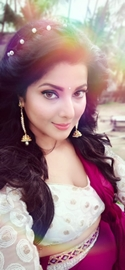 Smriti Sinha's Comeback In Bhojpuri Films With Bang