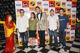 Sandip Soparrkar Received World Book Of Record Certificate For His World First Radio Dance Show Aao Twist Karein