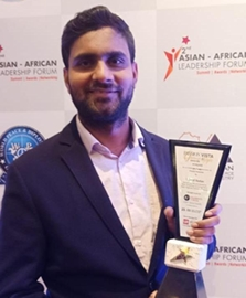 AACCI honors Vinod Yadav with Fashion Vista Glamor and Style Award